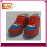 Nouveau style de chaussures de sport avec une bonne qualité