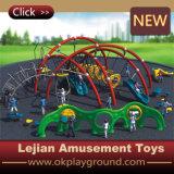 Les enfants à l'extérieur pour l'Équipement pour body building Terrain de jeux