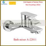 Escoger la bañera Mixer&Faucets de la maneta