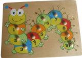 Lagarta de madeira Peg Puzzle com botão de madeira