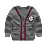 Nouveau chandail Cardigan d'enfants, manches longues Knitwear Fashion Kids de gros d'usure