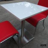 固体表面のレストラン表の家具の食卓