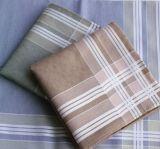 Preiswerte Großhandelsqualität gezeichnetes Pocket quadratisches Baumwollmens-Taschentuch