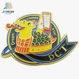 La police en alliage de zinc faite sur commande en métal de bord de vitesse Badge avec le logo doux d'émail