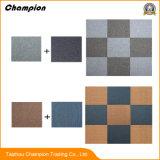 高品質の携帯用縞のフロア・ディスプレイの立場によって編まれるビニールの洗濯できるカーペットのタイル