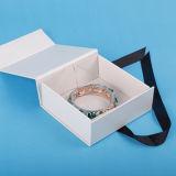 Pendientes decorativos de la caja de regalo cajas de regalo con tapas