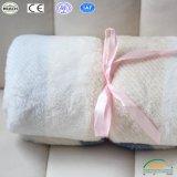 Fabbrica generale della manovella del sofà della base del panno morbido del tessuto di stampa dei capretti di corallo di corsa