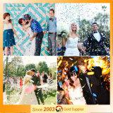 Hochzeits-Ausläufer-Partei Popper mit bunten Ausläufern