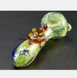 Grüne Rohr-Schildkröte, die Wasser-Rohr des Glasrauch-Rohres formt