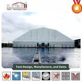 バドミントンのゲームのための多角形の屋根の上が付いているスポーツのテント