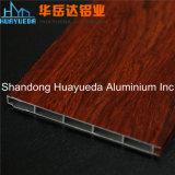 Perfil de aluminio sacado para la pista de la puerta deslizante