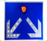 La sécurité routière Le trafic d'aluminium signe solaire LED