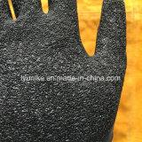 El látex natural ondulada recubierto de guantes de trabajo