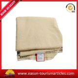 Couverture de corail Flannel&#160 d'ouatine teinte par couverture de vison de la Corée ; Tissu