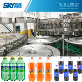 Machine de remplissage carbonatée mis en bouteille par animal familier automatique de boissons