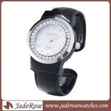 Мода дизайн браслет часы дамы женщин наручные часы