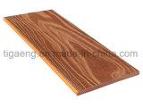 Decking plástico de madeira Recyclable personalizada/da fábrica projeto da boa qualidade dos compostos
