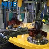 Enroulement automatique et bobine de stator du poste du travail quatre insérant la machine