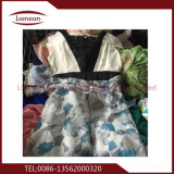 Form verwendete Kleidung exportiert nach Afrika