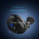 最も新しく熱い本当の無線電信はTws Bluetoothのヘッドセットを遊ばす