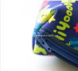 Bolso cosmético Shaped aislado del labio lindo