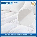 中国の卸し売り薄い泡のマットレス、Sleepwellの羽の泡のマットレス