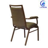 Удобная мягкая стул используется для отеля Банкетный зал