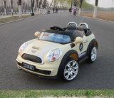 Jouet RC de la batterie du véhicule électrique Kids voitures ride sur la voiture
