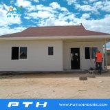 Casa prefabricada del chalet como proyecto de edificio modular