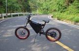 Bici motorizada 2 ruedas de E con la batería grande