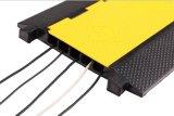 Протектор кабеля пандуса кабеля 5 каналов желтой куртки напольный резиновый