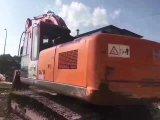 Excavatrice utilisée Zx240-3G (2011 de chenille de Hitachi TRÈS BON MARCHÉ)