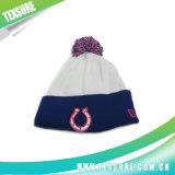Связанные жаккардом шлем/крышка зимы для людей с шариком Pompom (101)