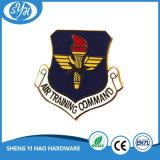 Distintivo in lega di zinco di Pin dell'esercito di prezzi di fabbrica per la promozione