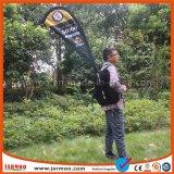 Bandierina che fa pubblicità alla bandiera mobile dello zaino