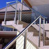 단순한 설계 스테인리스 케이블 가로장으로 막는 옥외 방책 디자인