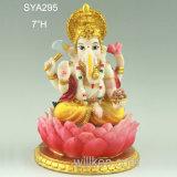 Statua indù del dio dell'ultima resina che si siede Ganesh
