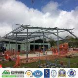 Estructura de acero de color verde de almacenes prefabricados