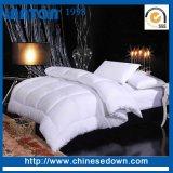 Белая оптового высокого качества супер теплая/серая/серая гусына вниз выстегивает для/домашн/гостиницы/стационары