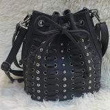 고품질 PU 가죽 졸라매는 끈 물통은 여자 핸드백 형식 어깨에 매는 가방 Sh152를 자루에 넣는다