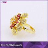 18K de gele Ringen van de Juwelen van het Zirconiumdioxyde van de Bloem van het Gouden Plateren Grote