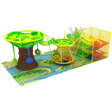 Подземелья цвета вала цвета спортивной площадки радуги взбираясь сеть веревочки сетчатого взбираясь