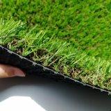 Migliore erba artificiale del prato inglese del tappeto erboso per l'abbellimento con il giardino domestico
