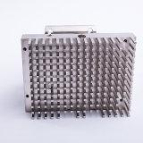 As peças metálicas em aço inoxidável de precisão na usinagem CNC