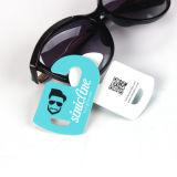 Colorful LayoutおよびLogoの小さい日曜日Glasses Hang Tags