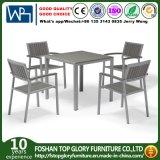 Les ventes de meubles en métal de plein air chaud de l'aluminium Ensemble de salle à manger en bois en plastique