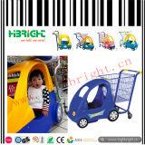 子供のスーパーマーケットのカートの子供の買物をするトロリーカート