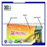 Mit Reißverschlusstrick-Verpacken- der Lebensmittelbeutel