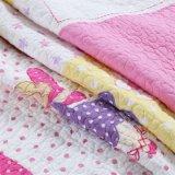 綿のキルトの印刷の洗濯できる青いベッドカバーの競争のRriceの直接工場