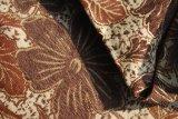 Kaffee-und Brown-Chenille-Blumen-Gewebe durch speziellen Boden